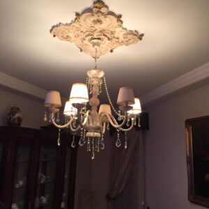 Lampadario Cristallo Bianco Sfumato in Oro Antico Strass Asfour e Paralumi