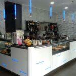 Un Angolo Bar ben Illuminato